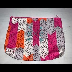 Thirty One Large Zipper Pouch